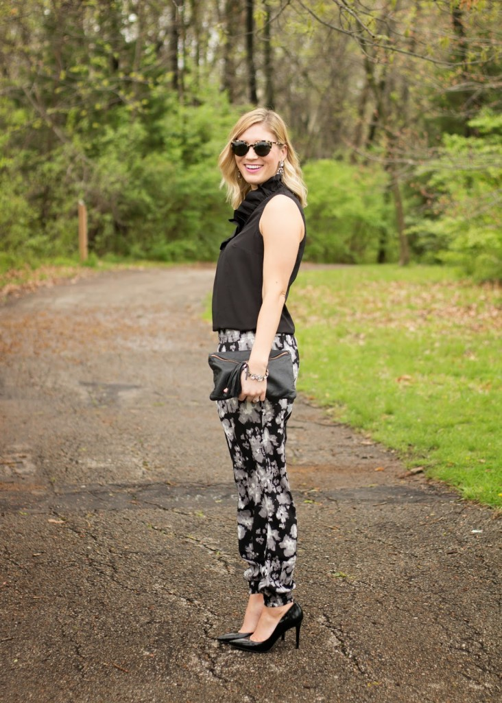 DRESSED UP JOGGERS + GIVEAWAY.
