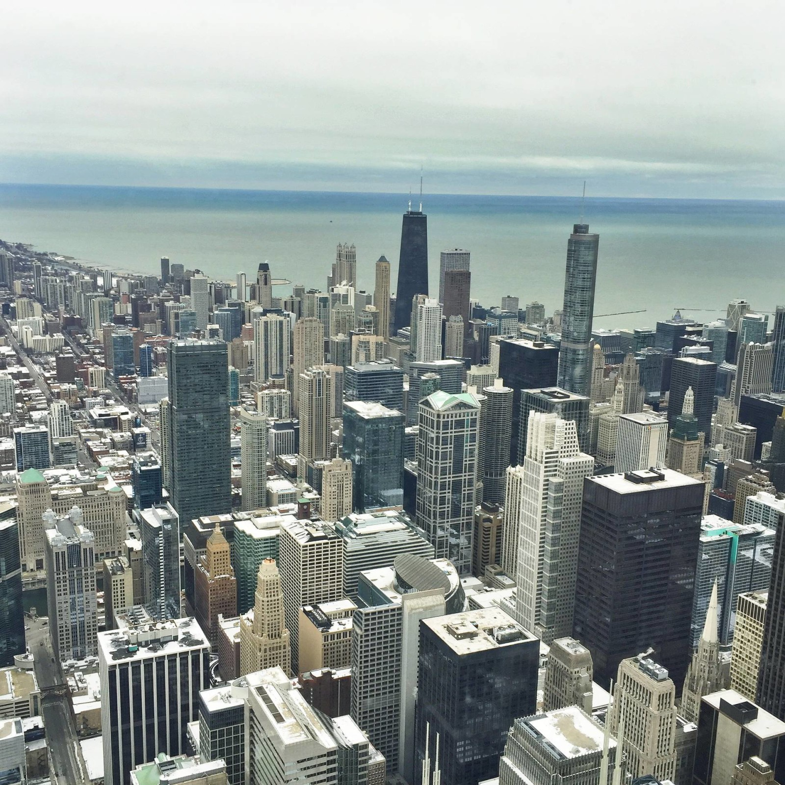 A Winter Weekend Trip to Chicago | www.goldhattedlover.com